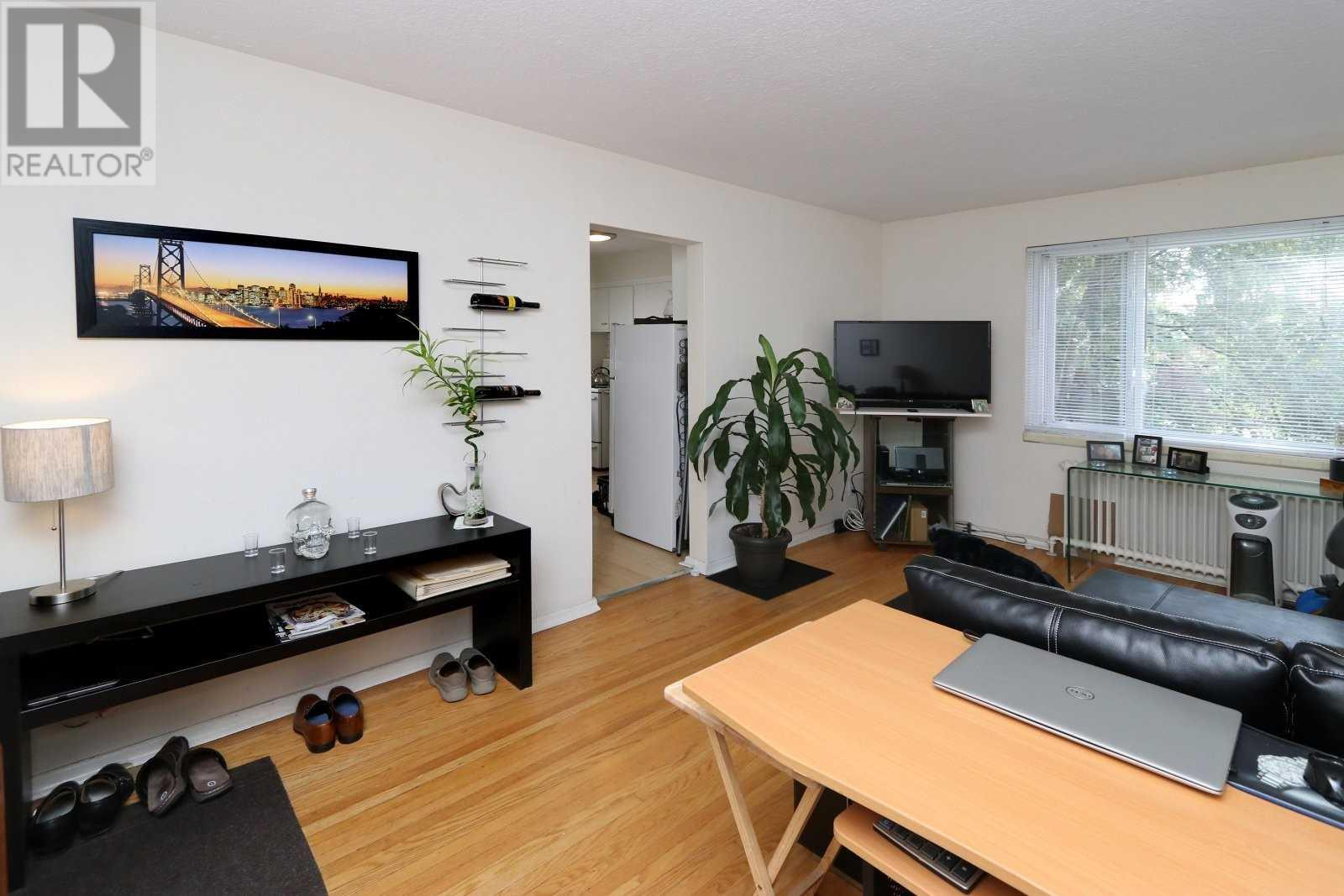 7 Woodlawn Ave, Mississauga, Ontario  L5G 3K4 - Photo 10 - W4535512