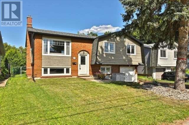 411 Bronte Rd, Oakville, Ontario  L6L 5C3 - Photo 1 - W4591319