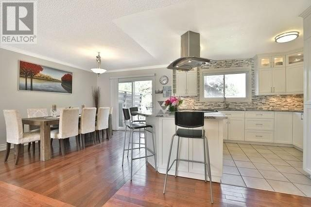 411 Bronte Rd, Oakville, Ontario  L6L 5C3 - Photo 6 - W4591319