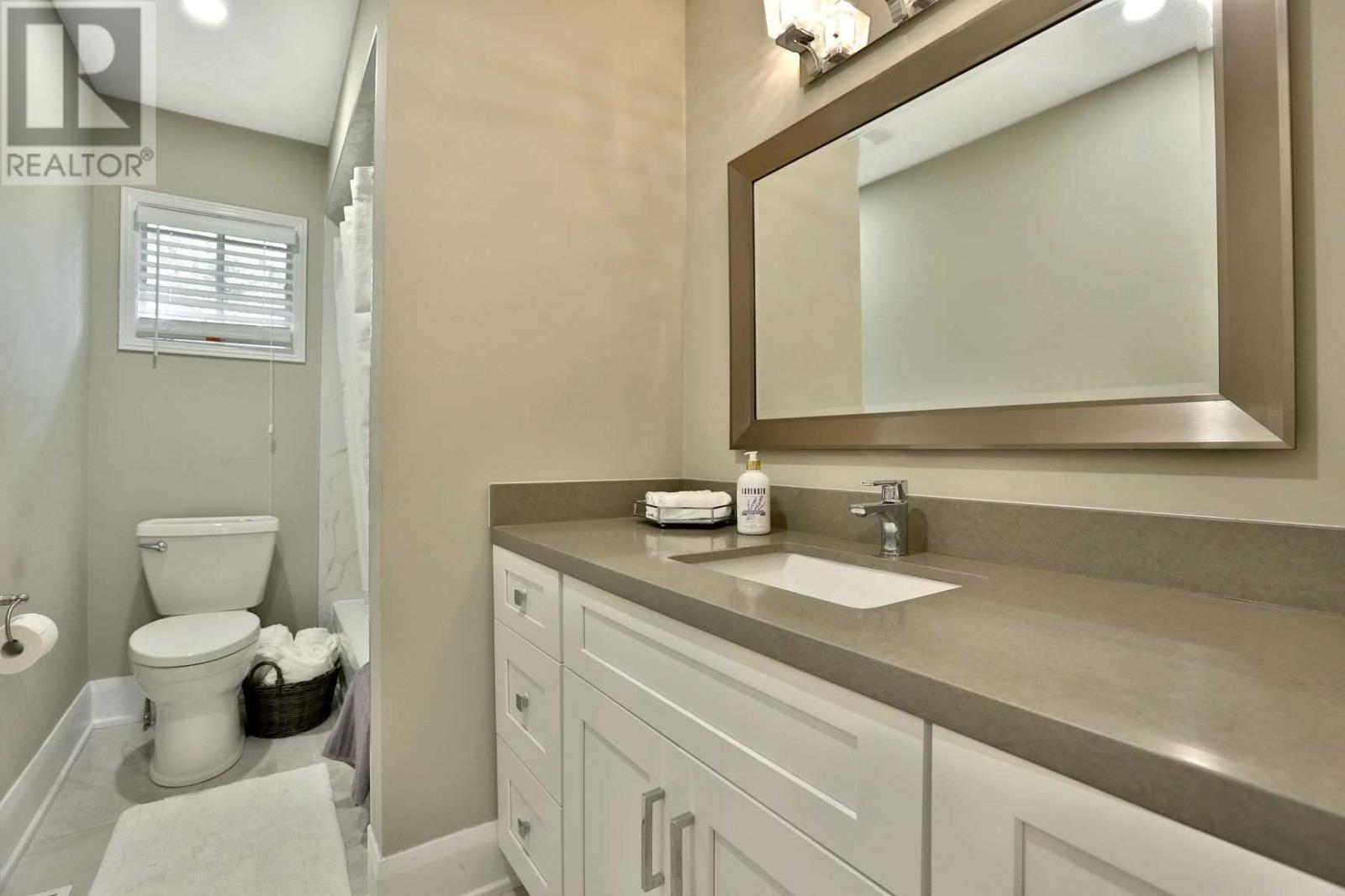 4584 Glastonbury Pl, Mississauga, Ontario  L5M 3L6 - Photo 15 - W4630400