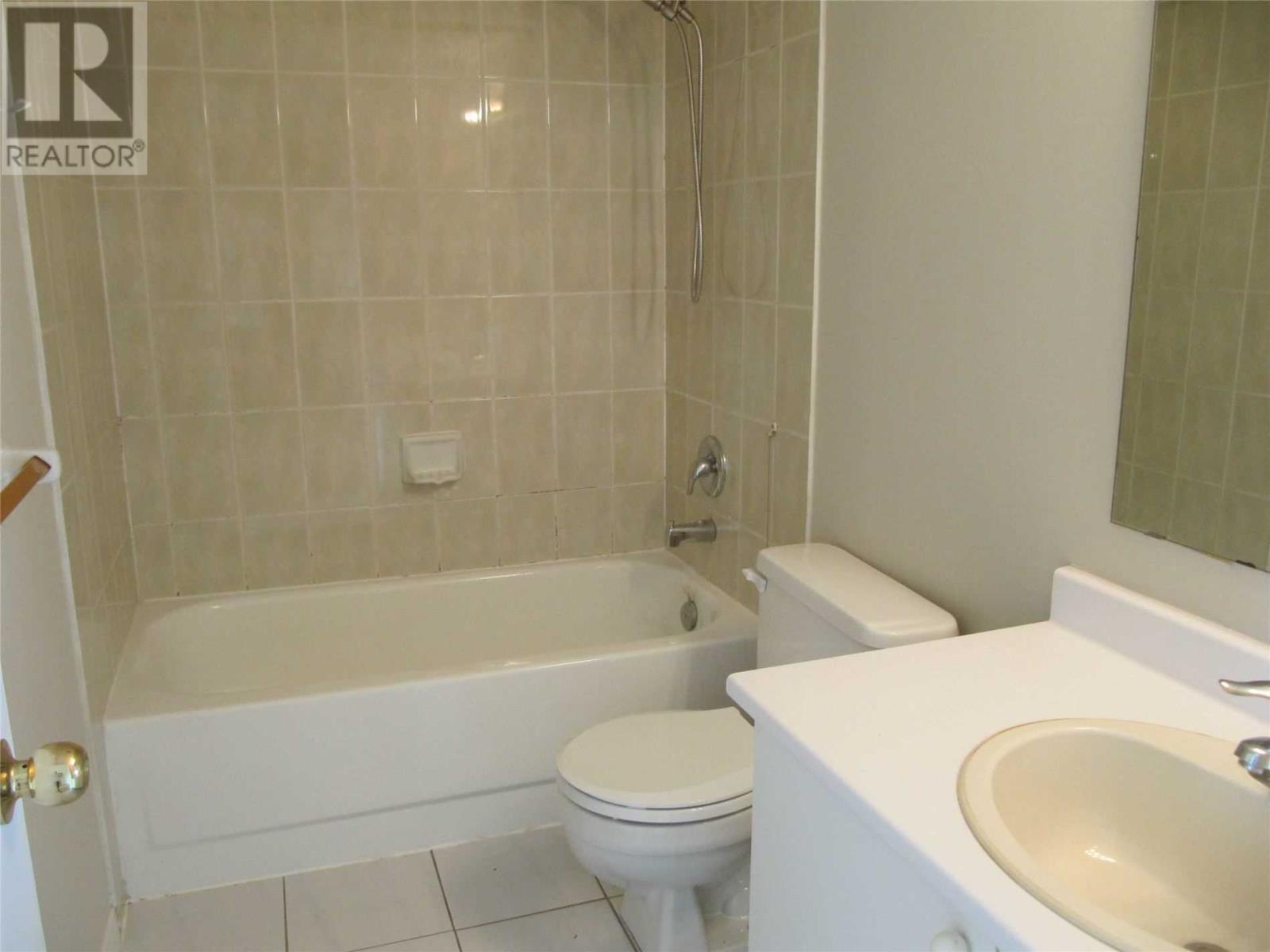 #1616 -115 Hillcrest Ave, Mississauga, Ontario  L5B 3Y9 - Photo 7 - W4638614