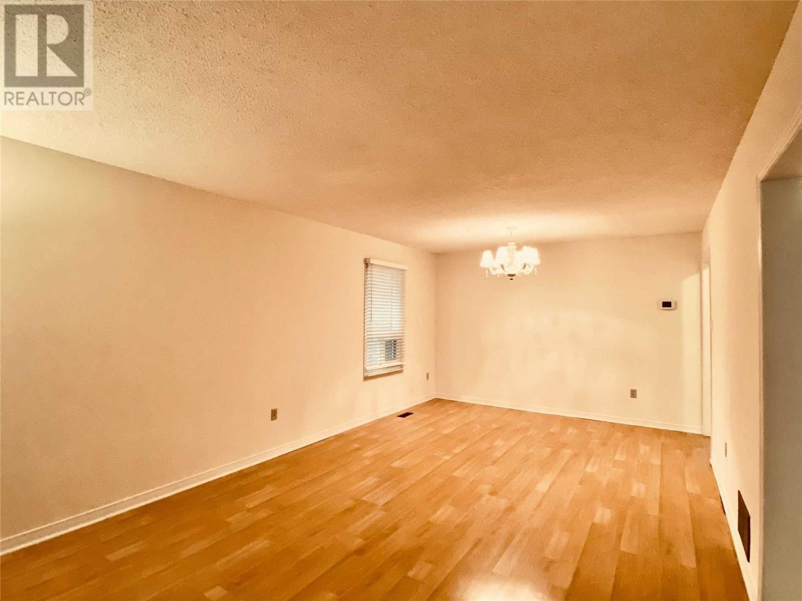 2547 Dinning Crt, Mississauga, Ontario  L5M 5E7 - Photo 3 - W4640786
