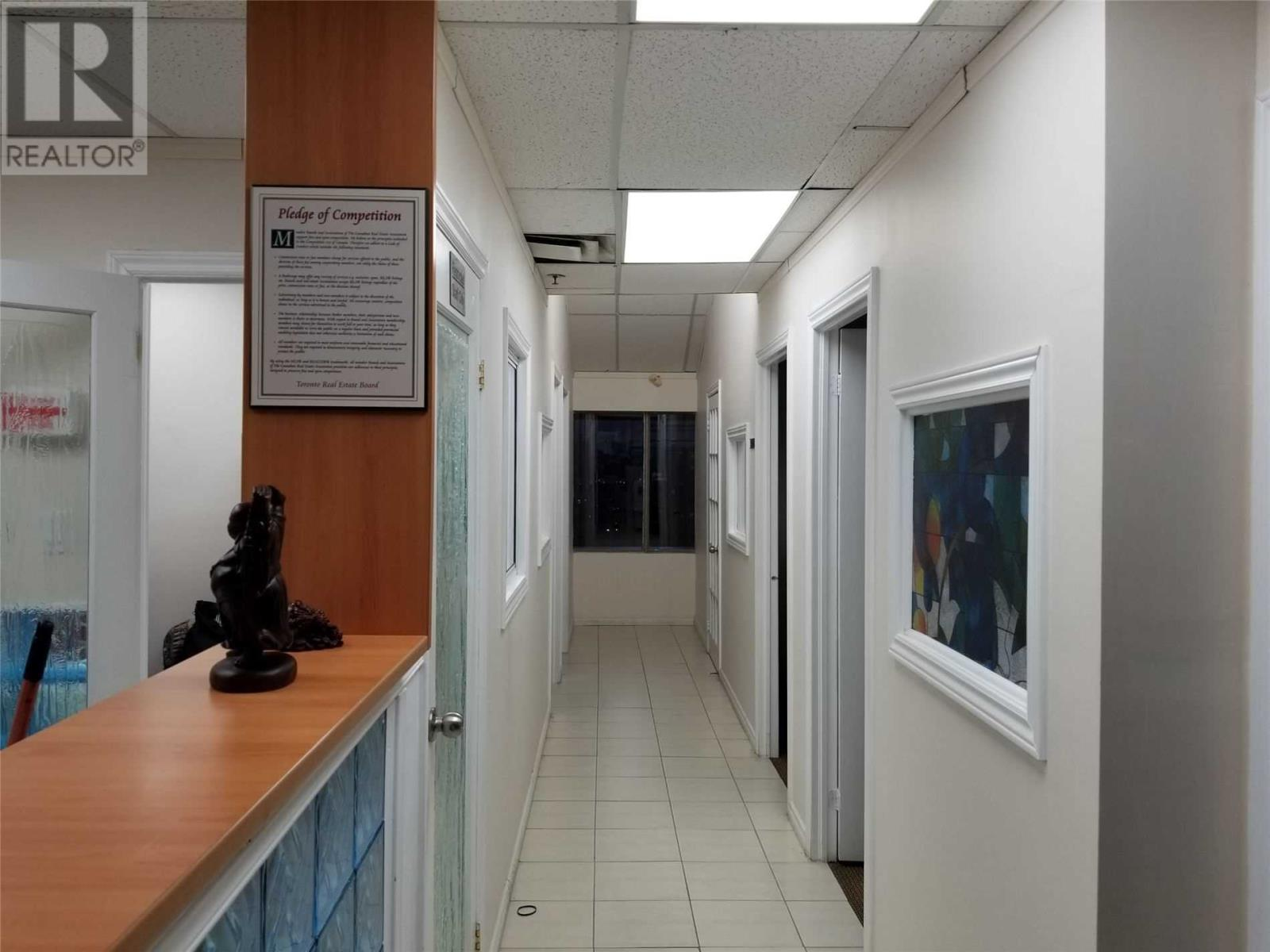 #201 -7071 Airport Rd, Mississauga, Ontario  L4T 4J3 - Photo 5 - W4642365