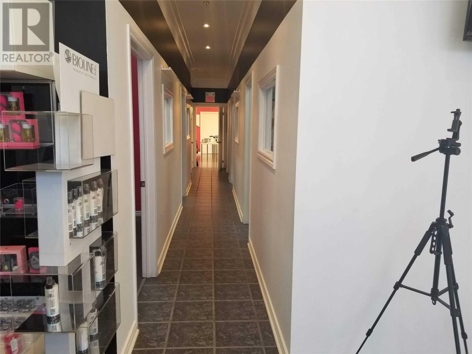 #2 -1315 Derry Rd E, Mississauga, Ontario  L5S 0A2 - Photo 2 - W4644047