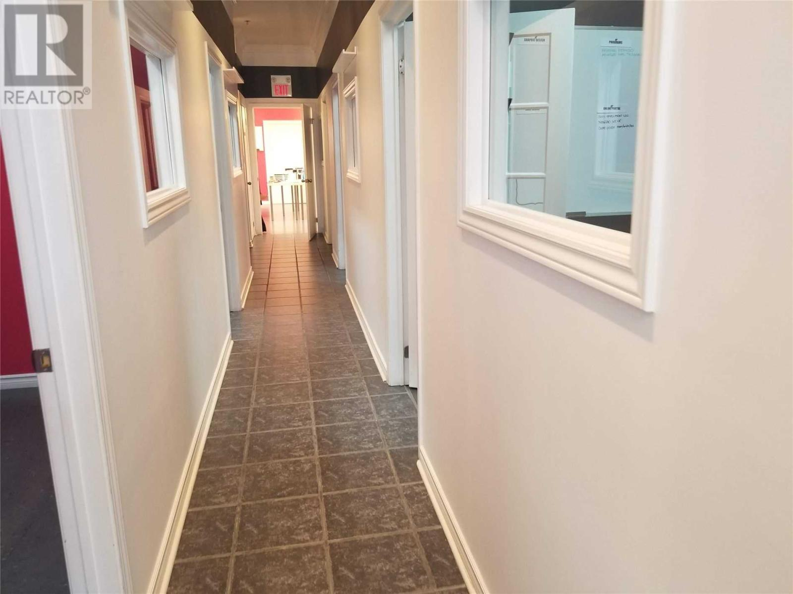 #2 -1315 Derry Rd E, Mississauga, Ontario  L5S 0A2 - Photo 3 - W4644047