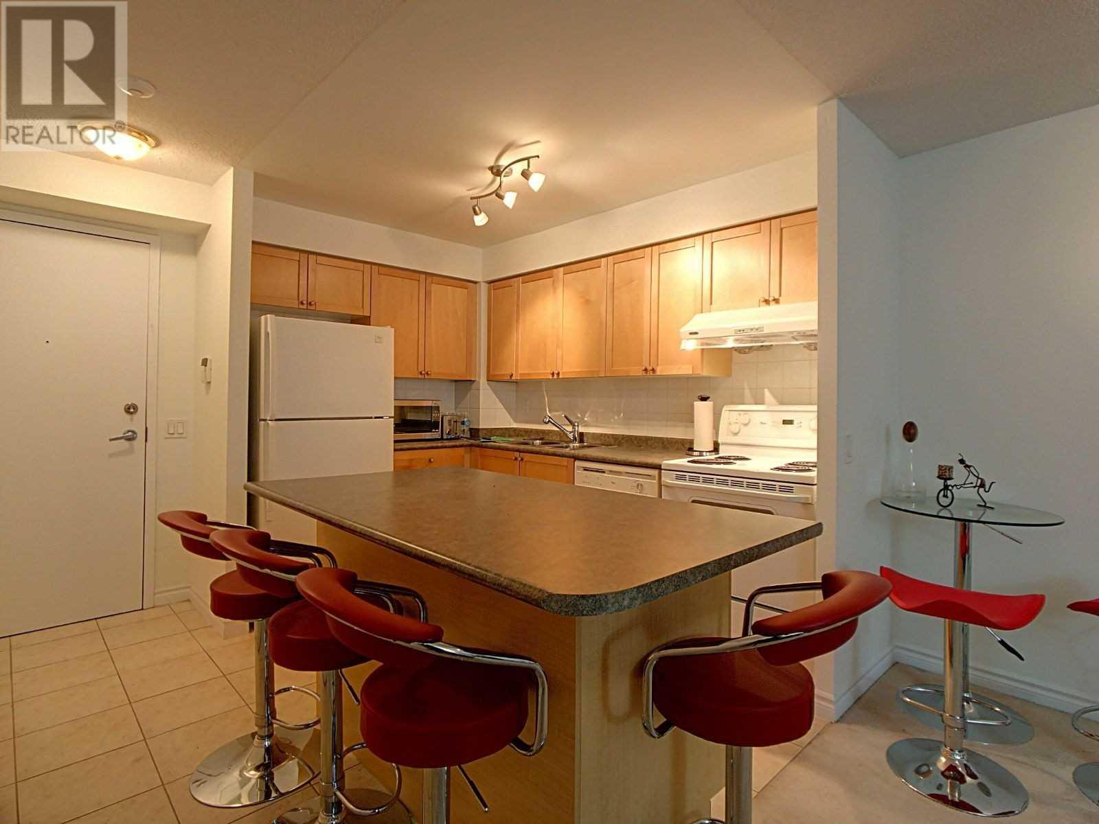 #1906 -55 Strathaven Dr, Mississauga, Ontario  L5R 4G9 - Photo 3 - W4645888