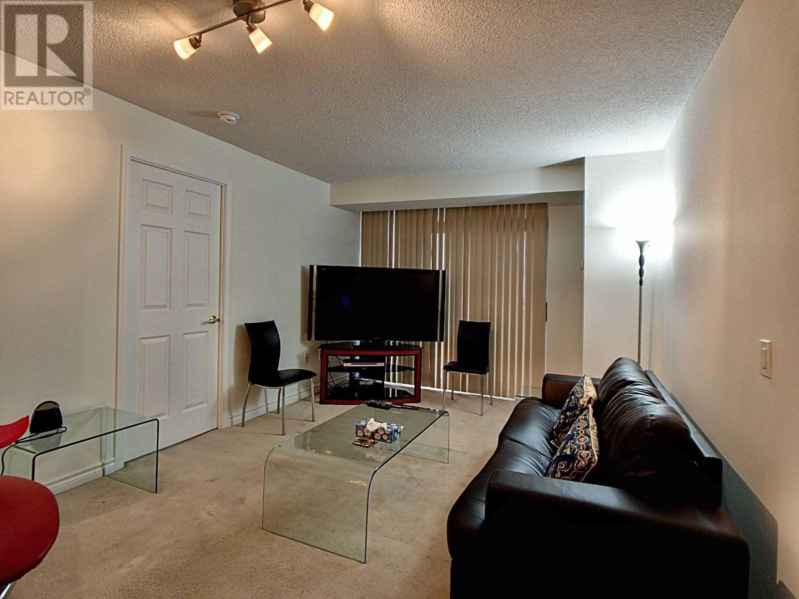 #1906 -55 Strathaven Dr, Mississauga, Ontario  L5R 4G9 - Photo 6 - W4645888