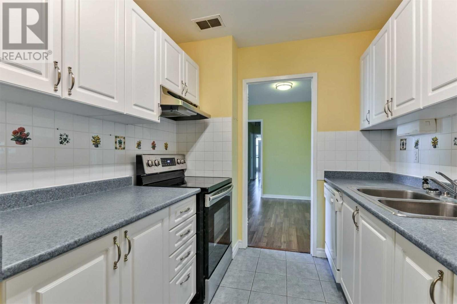 #1108 -3025 Queen Frederica Dr, Mississauga, Ontario  L4Y 3A1 - Photo 14 - W4647888