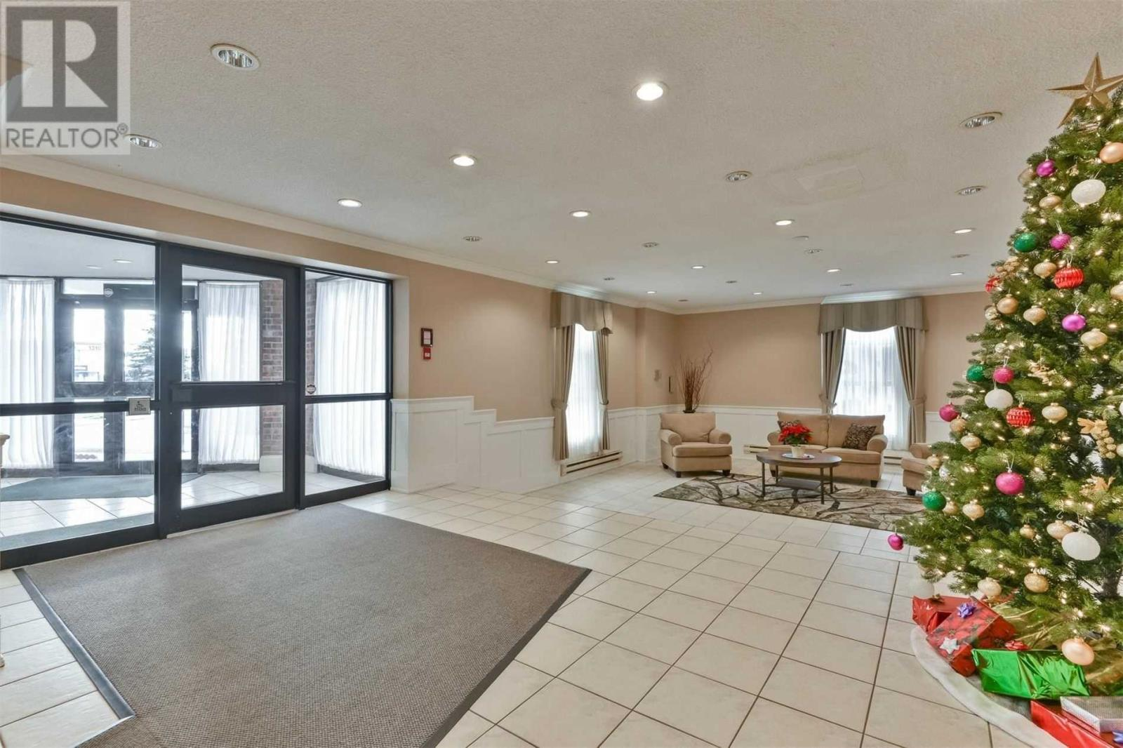 #1108 -3025 Queen Frederica Dr, Mississauga, Ontario  L4Y 3A1 - Photo 3 - W4647888