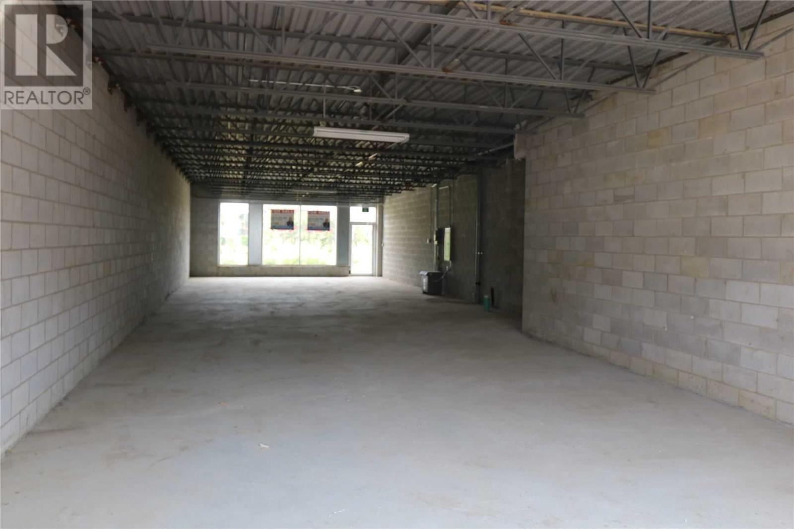 #18 -1235 Queensway Ave E, Mississauga, Ontario  L4Y 0G3 - Photo 5 - W4651405