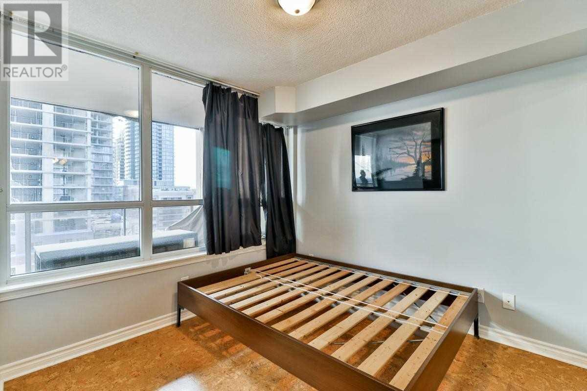 #804 -4080 Living Arts Dr, Mississauga, Ontario  L5B 4M8 - Photo 10 - W4655054