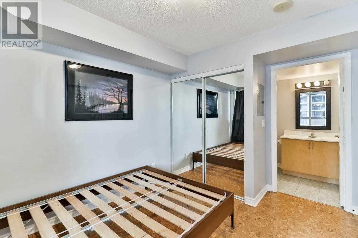 #804 -4080 Living Arts Dr, Mississauga, Ontario  L5B 4M8 - Photo 11 - W4655054