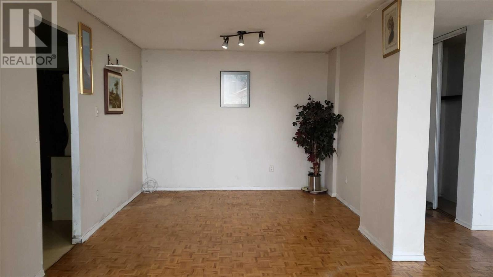 #1220 -50 Mississauga Valley Blvd, Mississauga, Ontario  L5A 3S2 - Photo 3 - W4656666