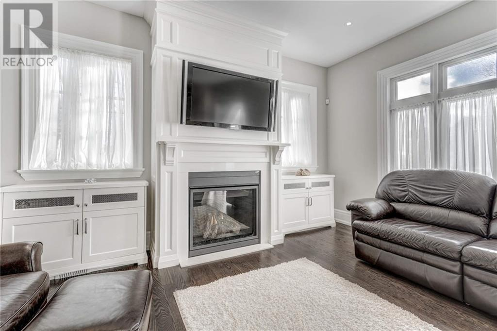 572 Stephens Crescent, Oakville, Ontario  L6K 1Y3 - Photo 7 - 30782252