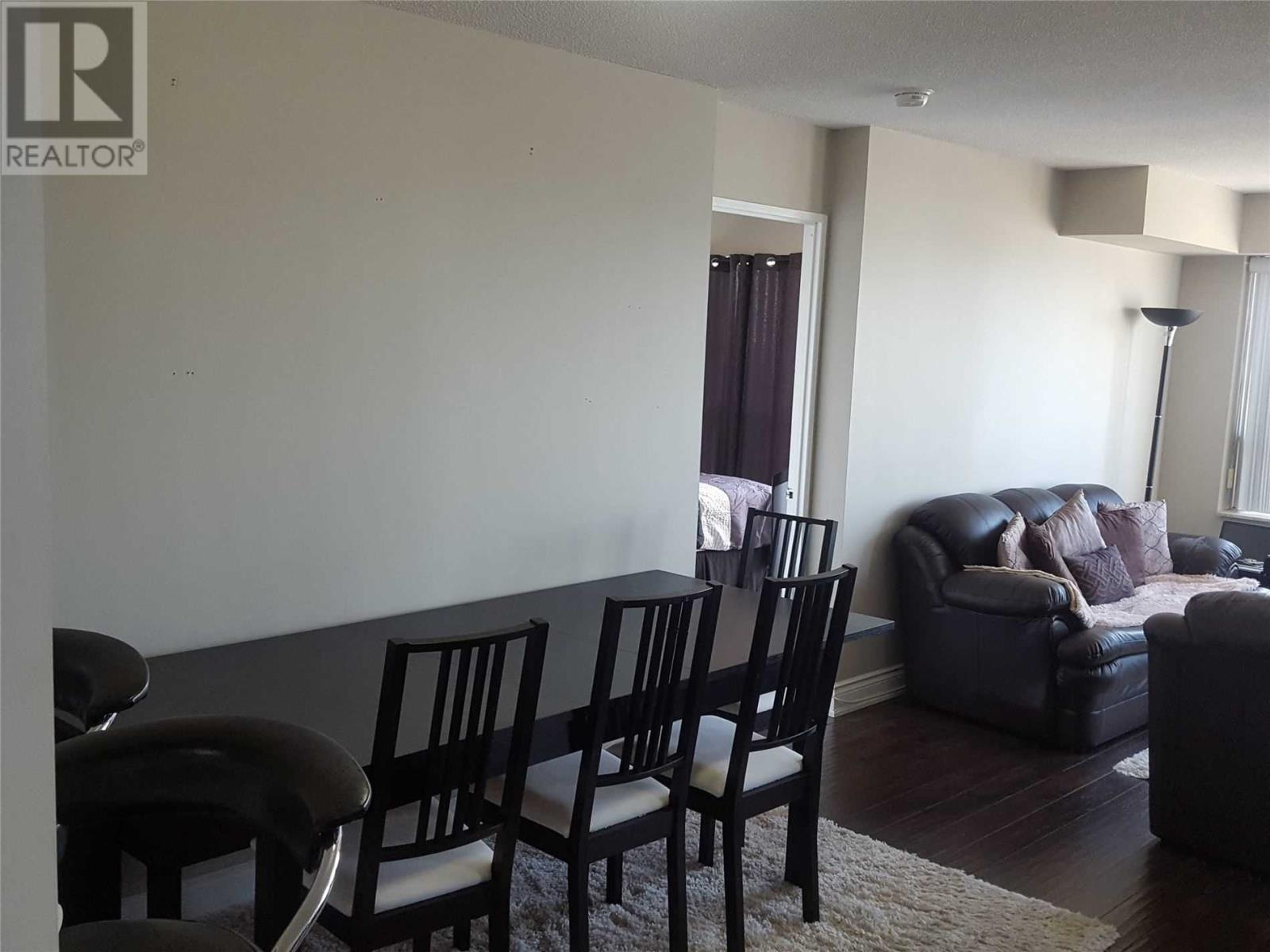 #2101 -335 Webb Dr, Mississauga, Ontario  L5B 3Z9 - Photo 2 - W4659661