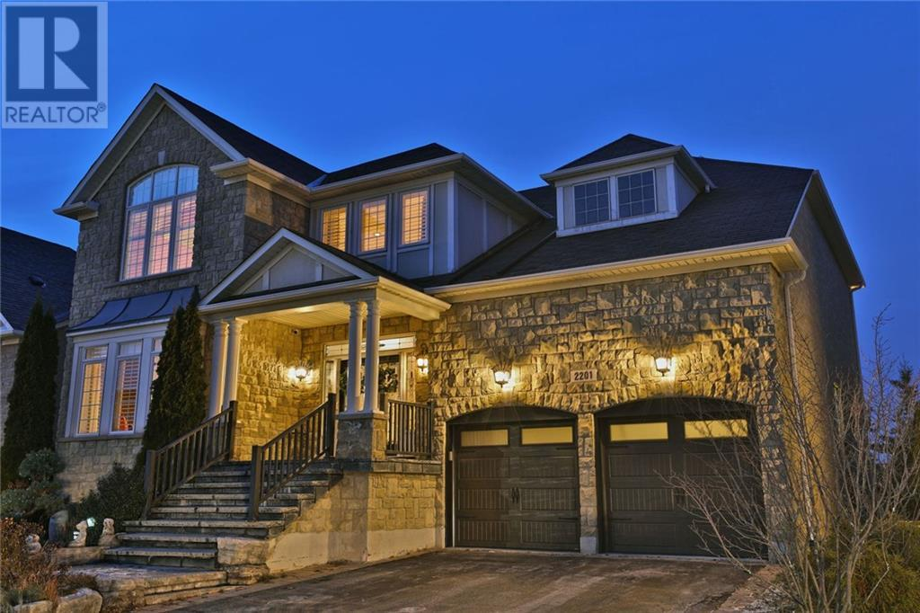 2201 Wuthering Heights Way, Oakville, Ontario  L6M 0A3 - Photo 1 - 30781224