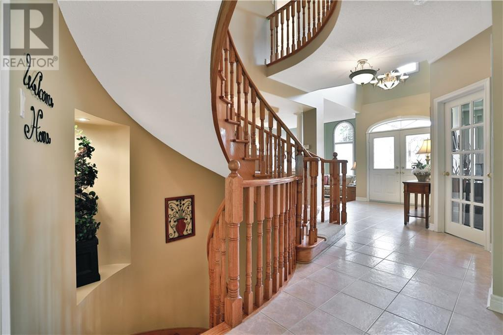2444 Valley Forest Way, Oakville, Ontario  L6H 6X3 - Photo 4 - 30783258