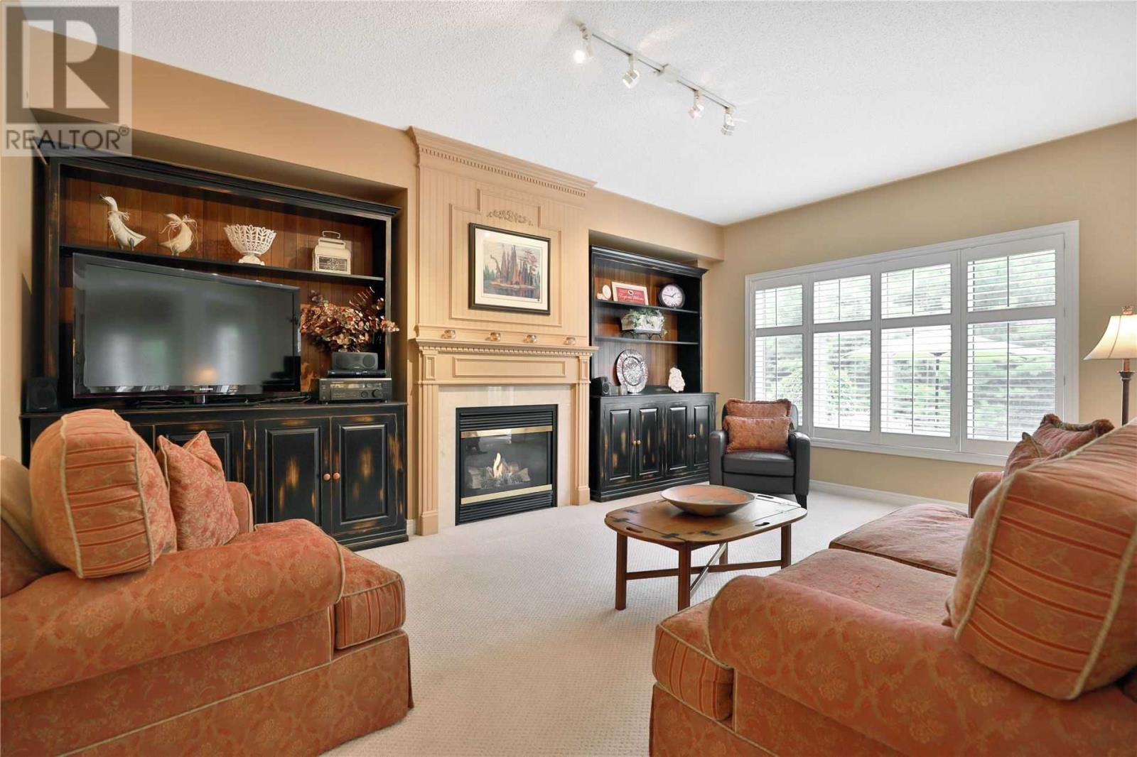 2444 Valley Forest Way, Oakville, Ontario  L6H 6W9 - Photo 6 - W4661371