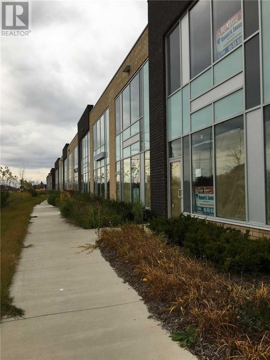 #20 -1235 Queensway St E, Mississauga, Ontario  L4Y 0G4 - Photo 1 - W4662895