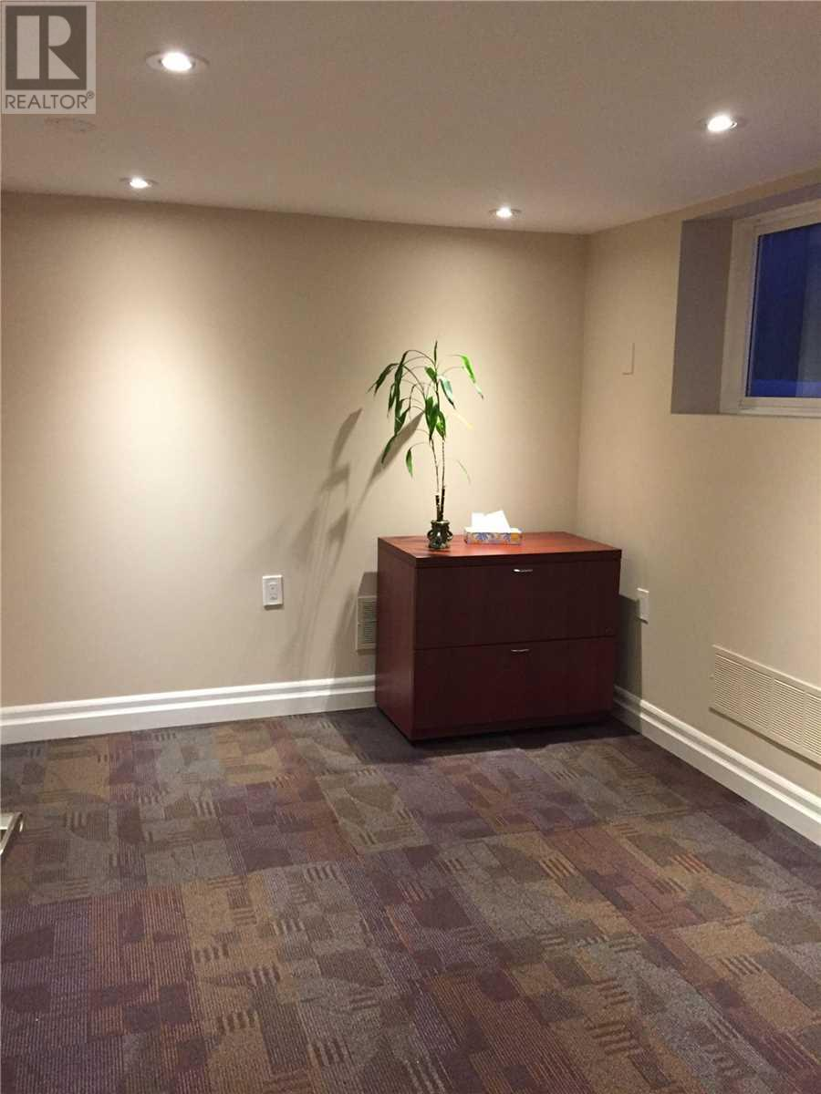33 Queen St S, Mississauga, Ontario  L5N 1A3 - Photo 6 - W4665264