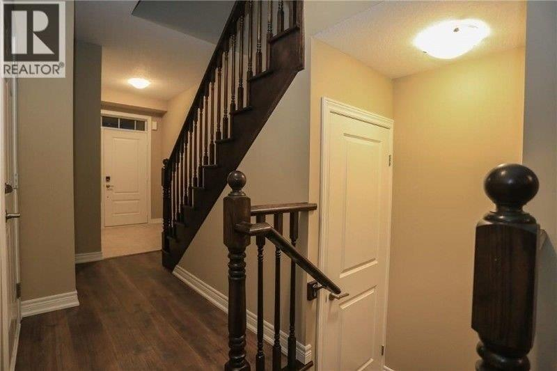 3152 Blackfriar Common Cawy, Oakville, Ontario  L6H 0P7 - Photo 2 - W4665844