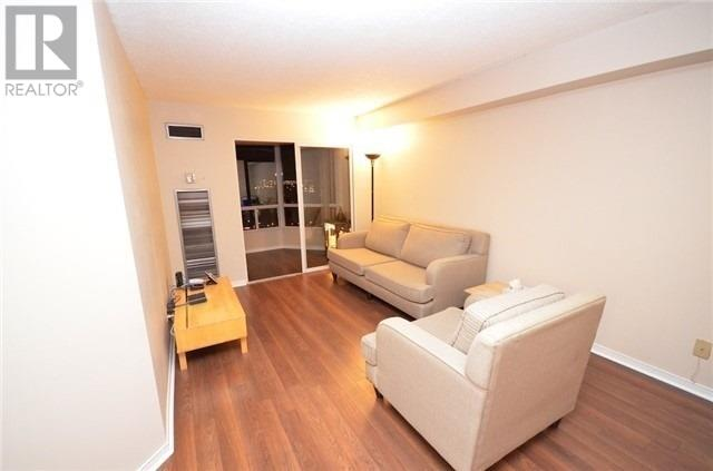 ##2013 -115 Hillcrest Ave, Mississauga, Ontario  L5B 3Y9 - Photo 4 - W4666179