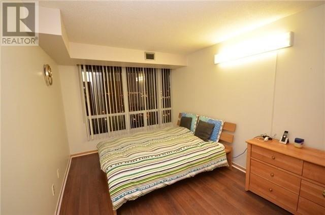 ##2013 -115 Hillcrest Ave, Mississauga, Ontario  L5B 3Y9 - Photo 9 - W4666179