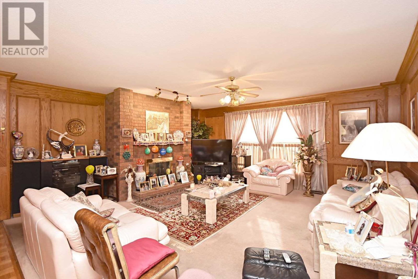 2222 Rosegate Dr, Mississauga, Ontario  L5M 5A6 - Photo 6 - W4666736