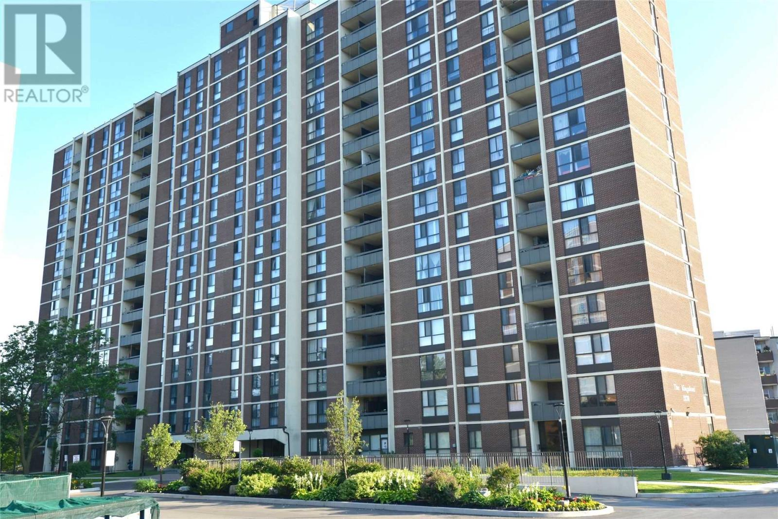 #803 -3170 Kirwin Ave, Mississauga, Ontario  L5A 3R1 - Photo 1 - W4667390