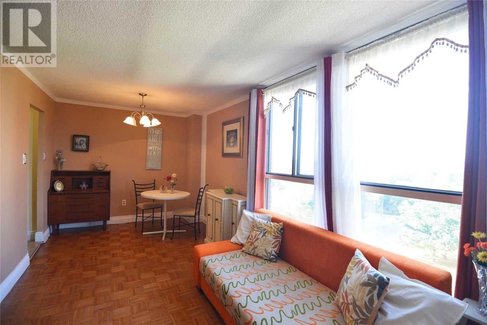 #803 -3170 Kirwin Ave, Mississauga, Ontario  L5A 3R1 - Photo 7 - W4667390