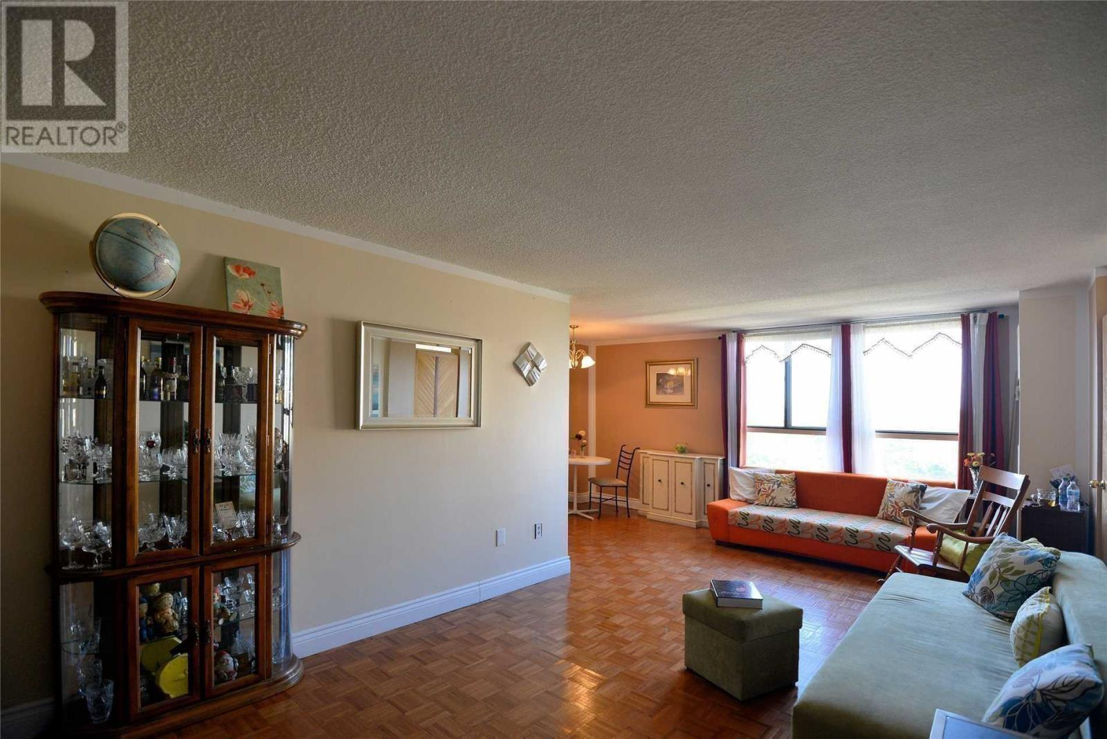 #803 -3170 Kirwin Ave, Mississauga, Ontario  L5A 3R1 - Photo 9 - W4667390