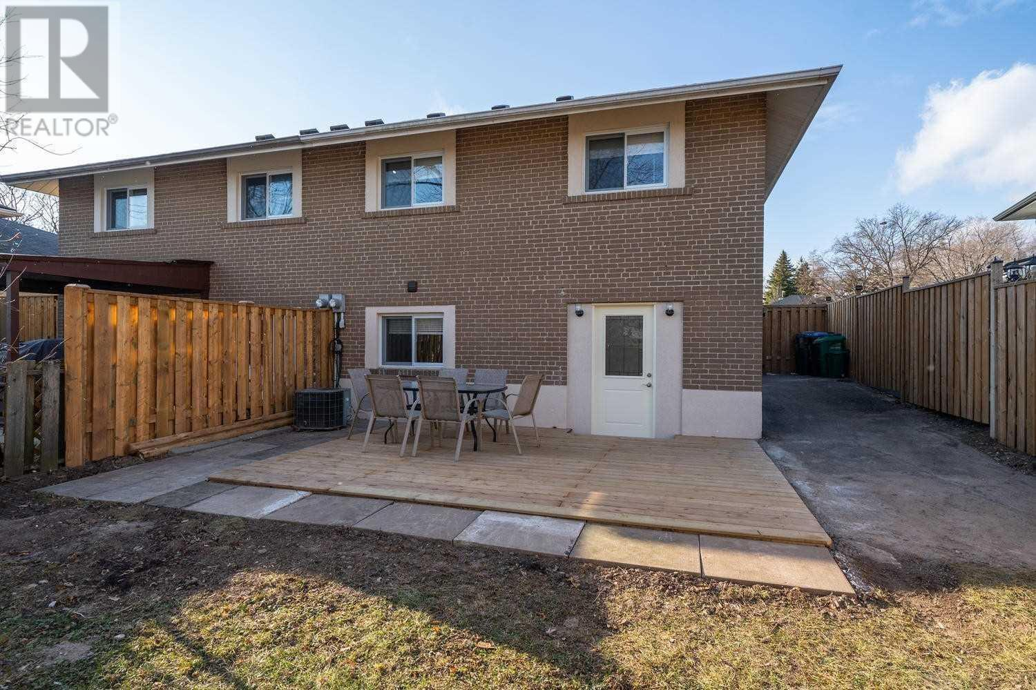 1407 Buckby Rd, Mississauga, Ontario  L5J 3W7 - Photo 5 - W4667848