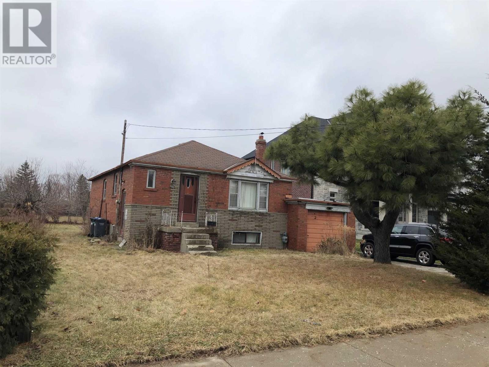 2486 Donnavale Dr, Mississauga, Ontario  L5A 2N1 - Photo 4 - W4667960