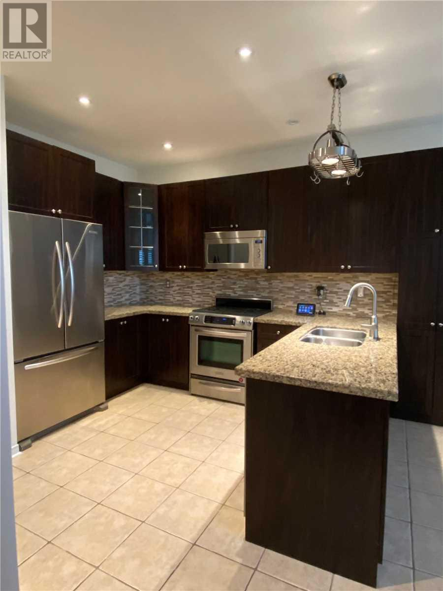 3356 Chief Mbulu Way, Mississauga, Ontario  L5M 0H7 - Photo 6 - W4668664