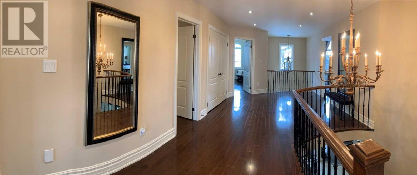 1371 Hickory Rd, Mississauga, Ontario  L4W 1L4 - Photo 11 - W4669374