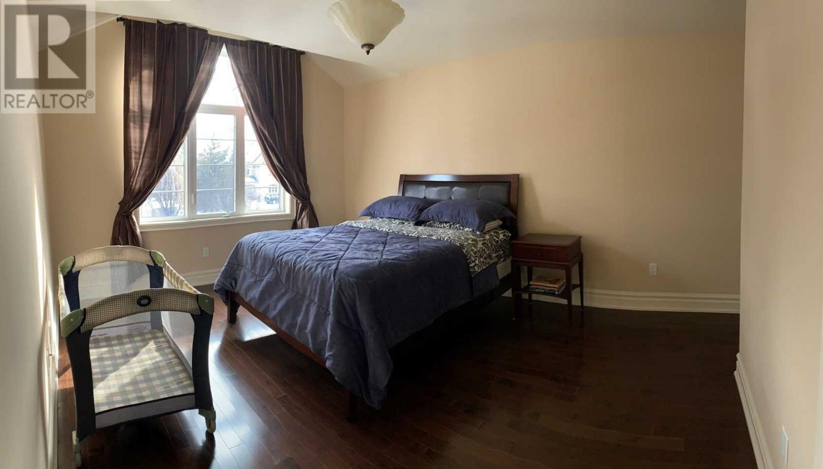 1371 Hickory Rd, Mississauga, Ontario  L4W 1L4 - Photo 17 - W4669374