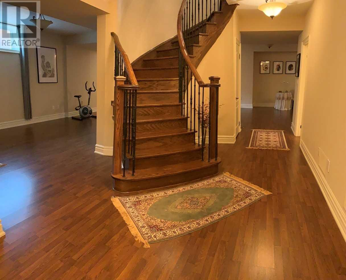 1371 Hickory Rd, Mississauga, Ontario  L4W 1L4 - Photo 19 - W4669374