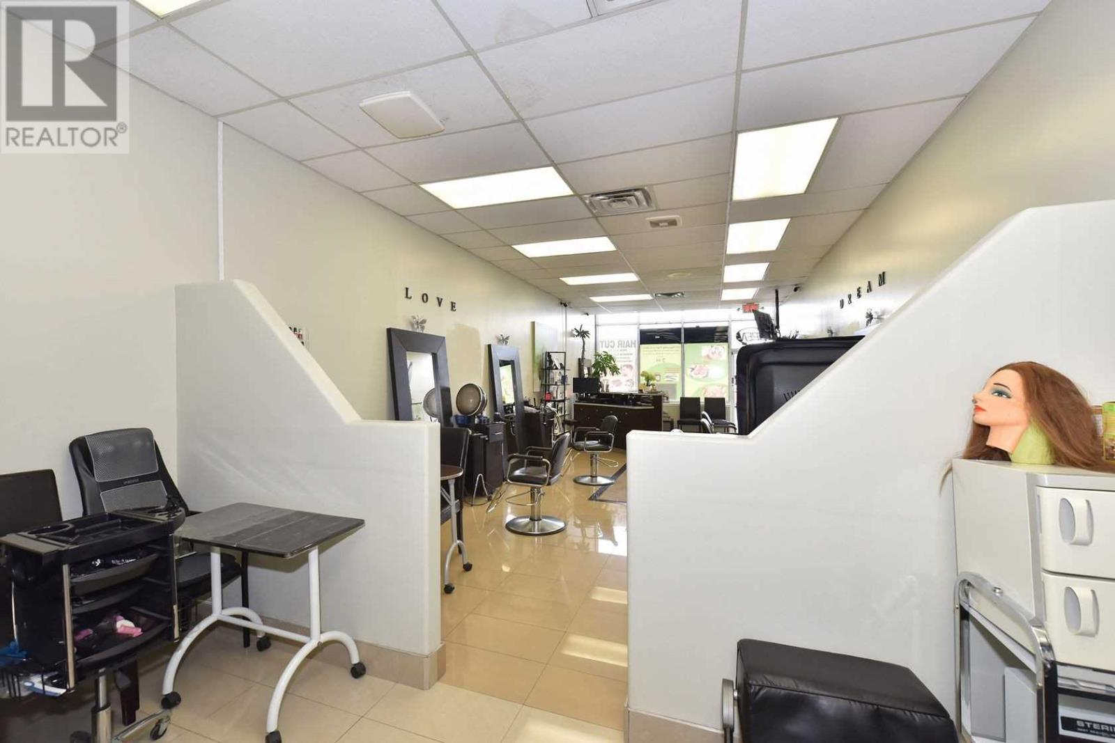 #5 -3100 Dixie Rd, Mississauga, Ontario  L4Y 2A6 - Photo 12 - W4671036