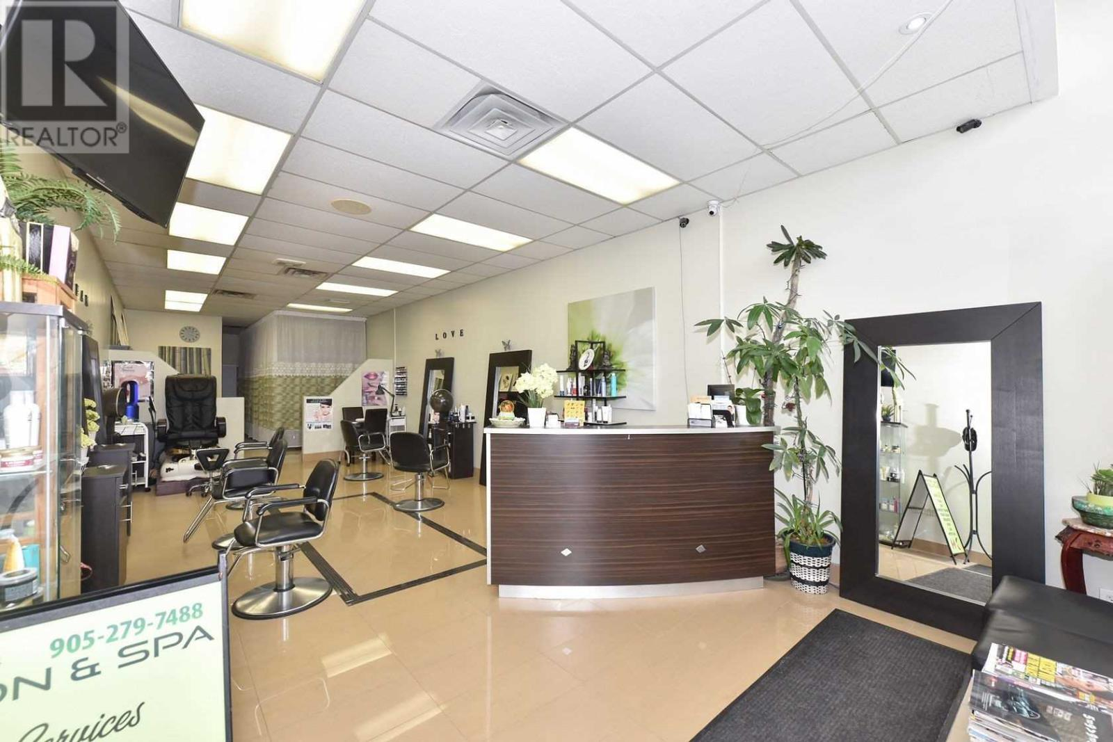 #5 -3100 Dixie Rd, Mississauga, Ontario  L4Y 2A6 - Photo 6 - W4671036