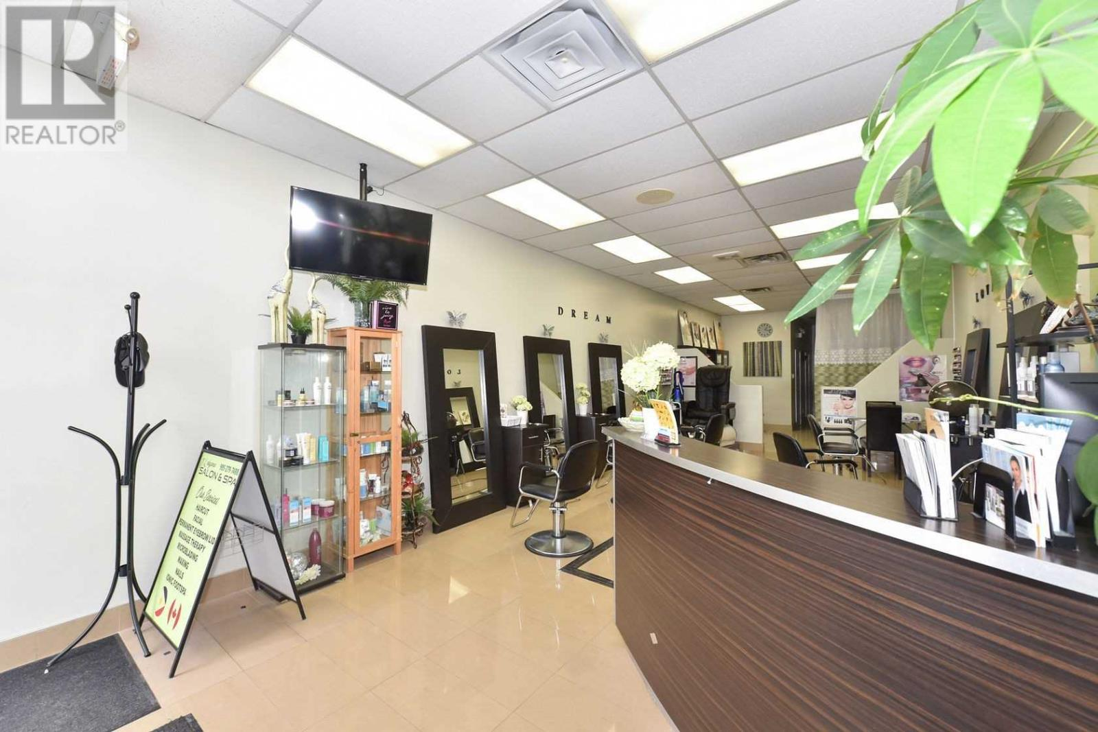 #5 -3100 Dixie Rd, Mississauga, Ontario  L4Y 2A6 - Photo 7 - W4671036