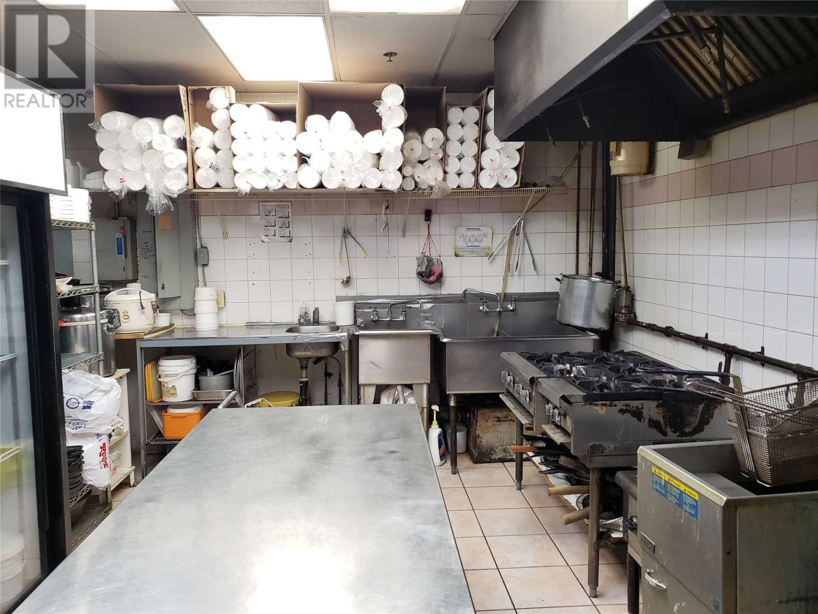##3 -2580 Shepard Ave, Mississauga, Ontario  L5A 4K3 - Photo 3 - W4671220