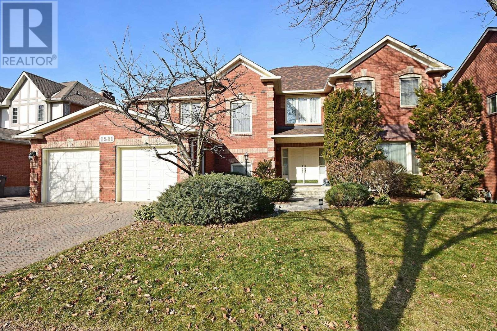 1581 Hollywell Ave, Mississauga, Ontario  L5N 4P8 - Photo 1 - W4672319