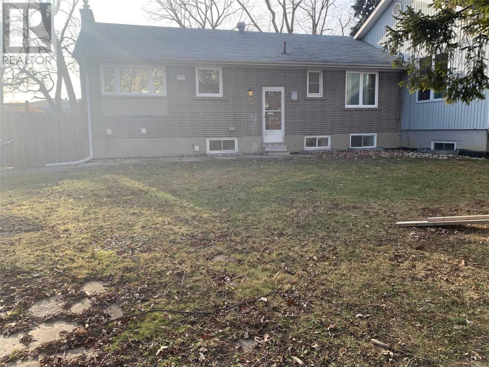 3573-A Palgrave Rd, Mississauga, Ontario  L5B 1W1 - Photo 18 - W4672780