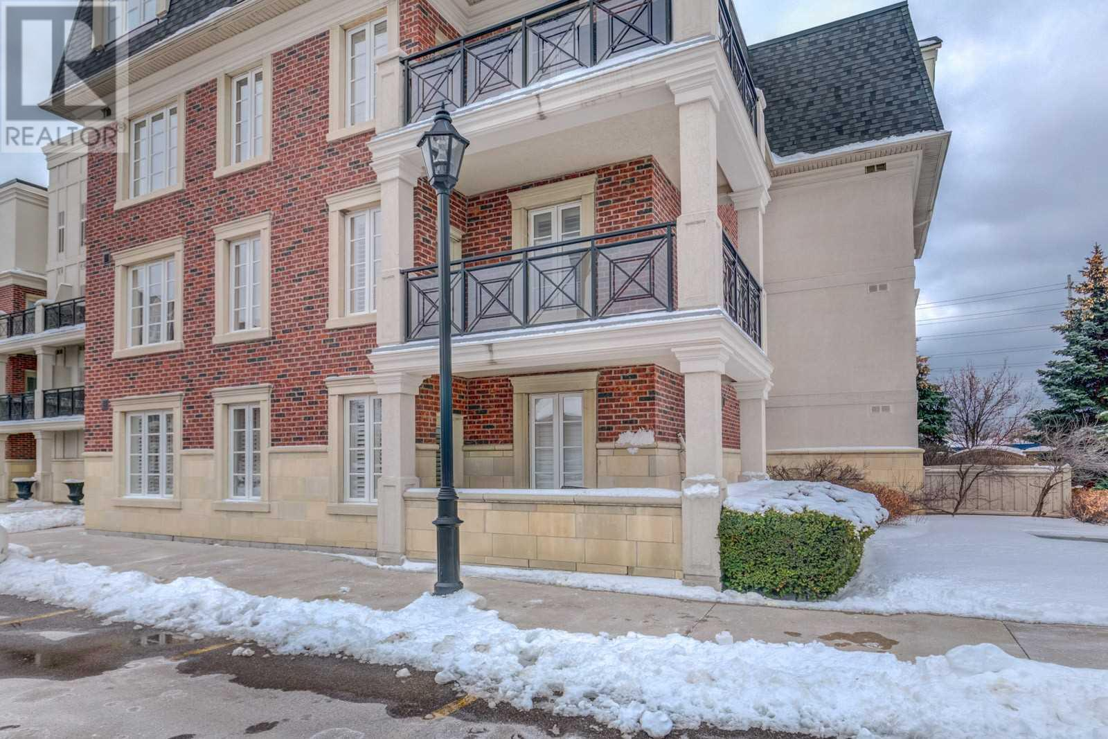 #119 -3351 Cawthra Rd, Mississauga, Ontario  L5A 4N5 - Photo 3 - W4673329