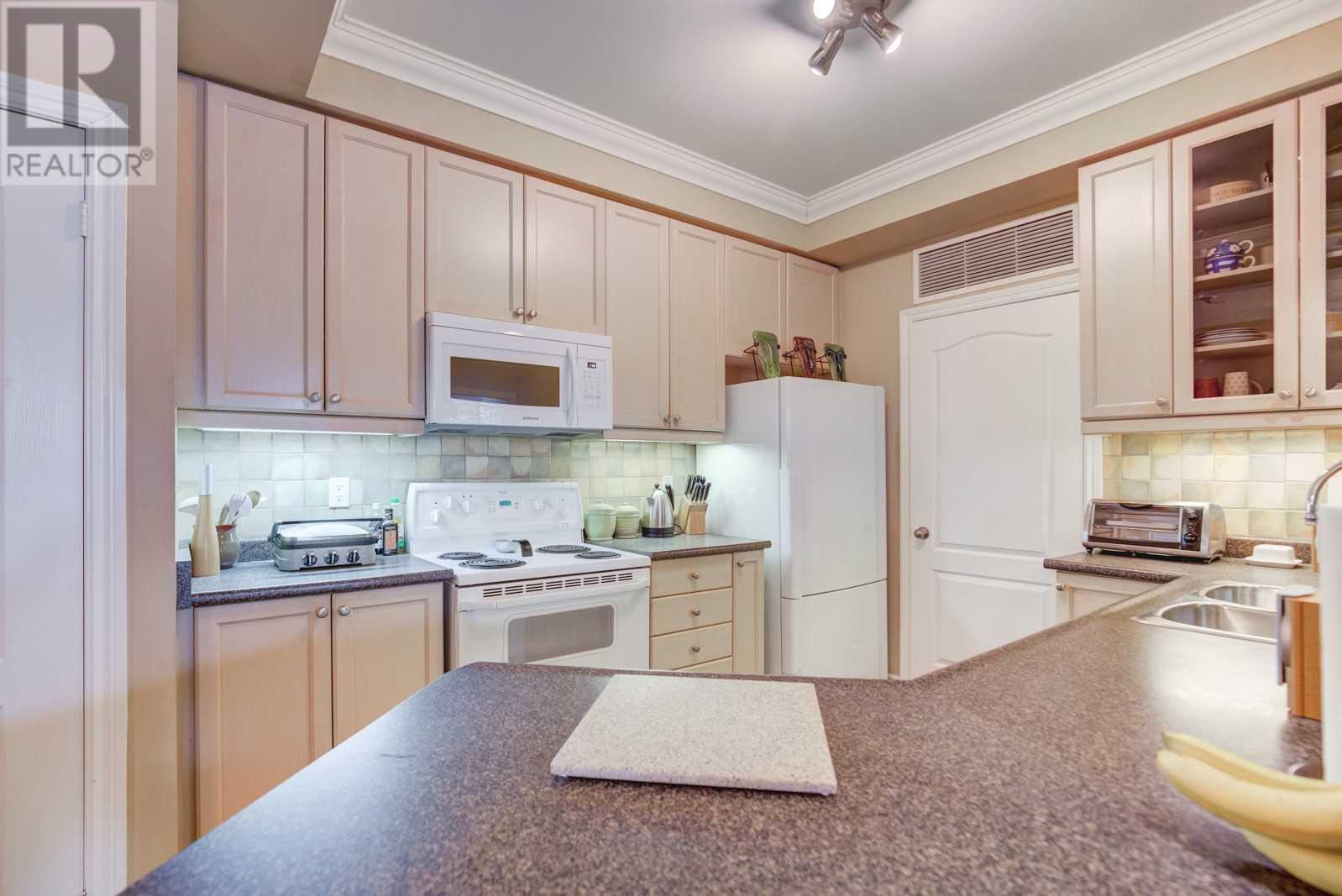 #119 -3351 Cawthra Rd, Mississauga, Ontario  L5A 4N5 - Photo 8 - W4673329