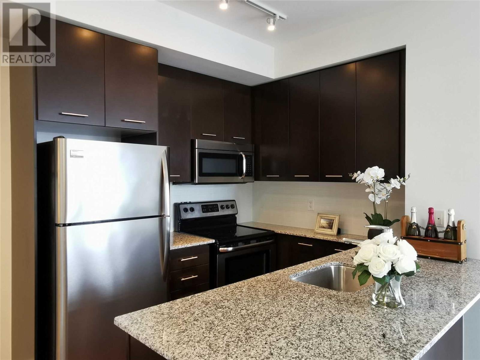 #1211 -365 Prince Of Wales Dr, Mississauga, Ontario  L5B 0G6 - Photo 2 - W4673355