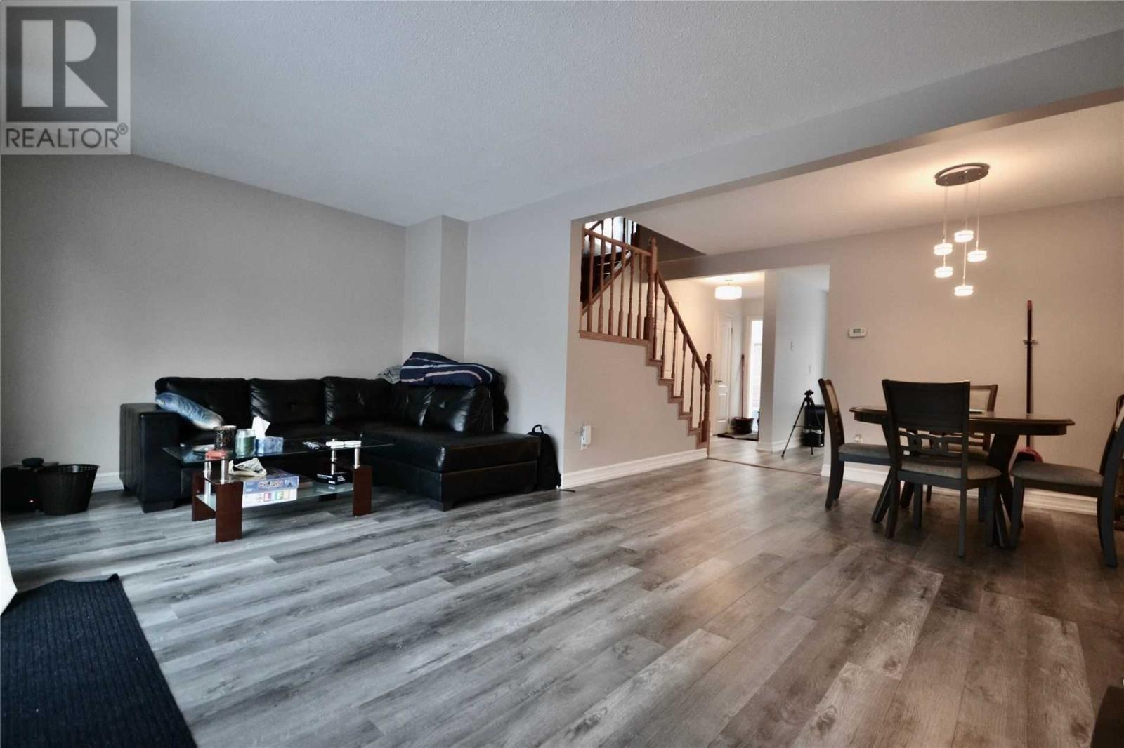 1774 Hyde Mill  Cres, Mississauga, Ontario  L5N 0A7 - Photo 4 - W4674084