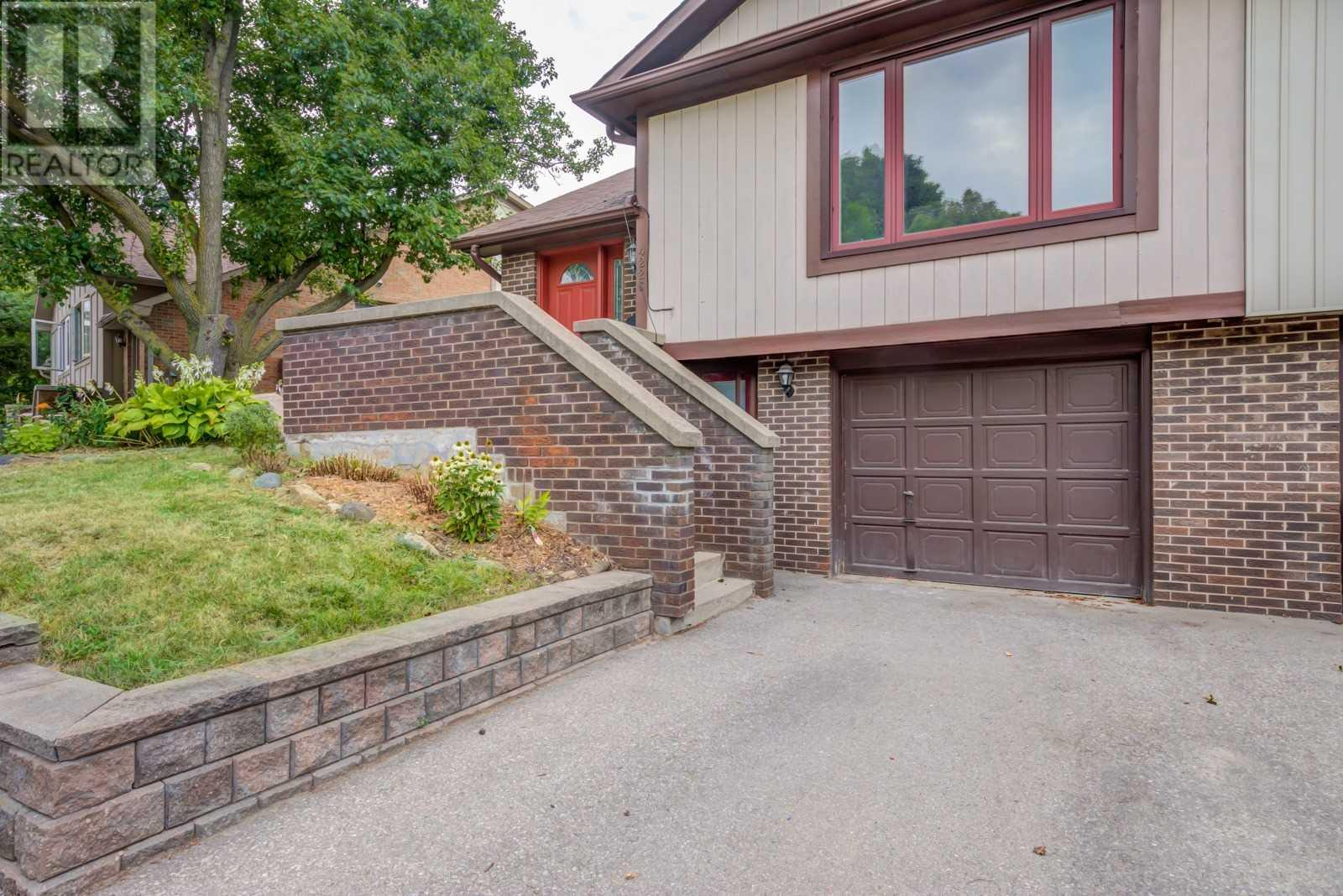 4226 Jefton Cres, Mississauga, Ontario  L5L 1Z3 - Photo 1 - W4673818