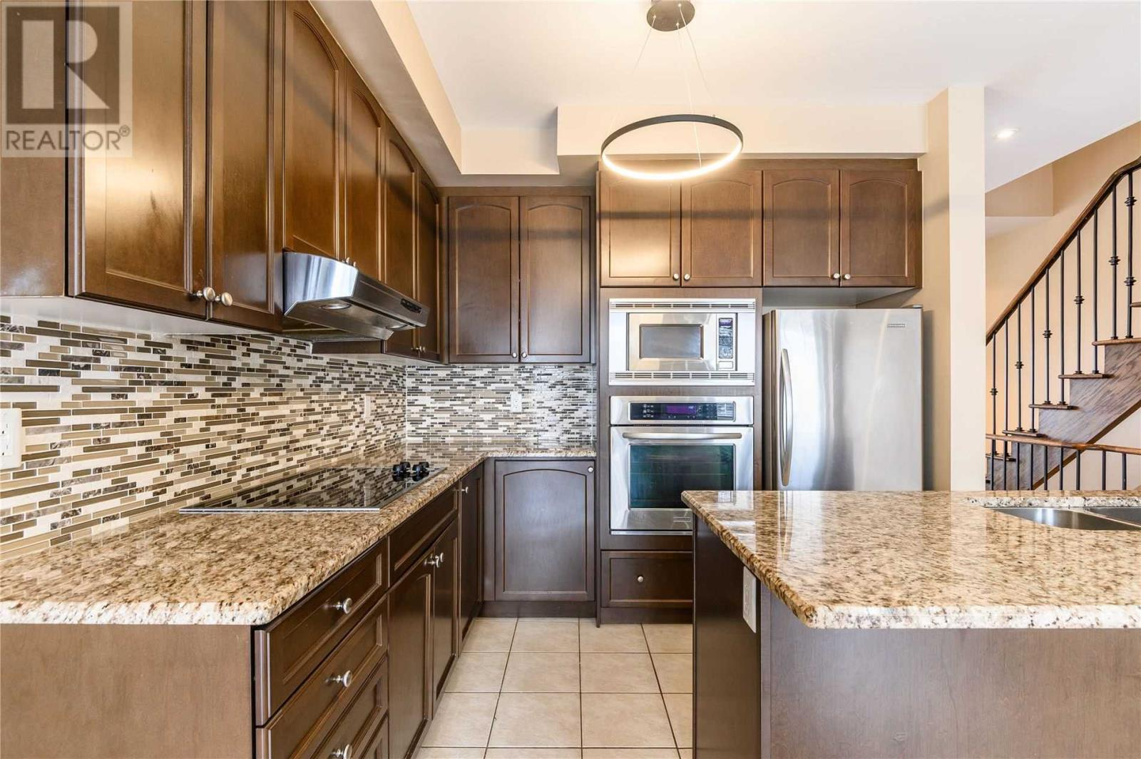 5710 Long Valley Rd, Mississauga, Ontario  L5M 0M1 - Photo 10 - W4674367