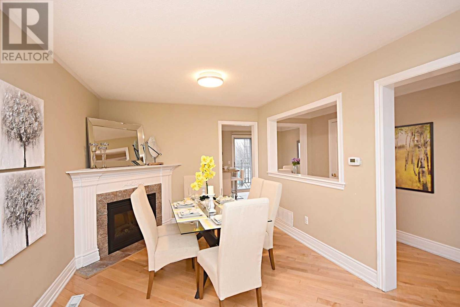 354 Howell Rd, Oakville, Ontario  L6H 5Y1 - Photo 3 - W4675254